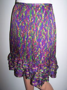 Magaschoni Collection Size 2 Skirt Multi Color 100% Silk Ruffled Hem #magaschoni #StraightPencil