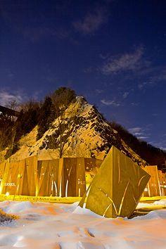 Memory_Wall_CAP_ROUGE-by-Plania-09 «  Landscape Architecture Works | Landezine