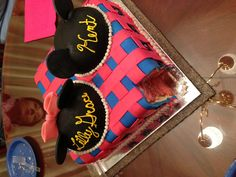 Disney Mickey Minnie Mouse gender reveal cake