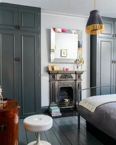 Kate-Beavis-Victorian-Home-Decor-Bedroom Looking to modernise & update your Victorian home decor but not sure where to start? We've got top tips on how to get going with your period home revamp. Bedroom Alcove, Bedroom Built In Wardrobe, Home Decor Bedroom, Alcove Wardrobe, Wardrobe Design, Master Bedroom, Modern Bedroom, Modern Victorian Bedroom, Victorian Bedroom Furniture