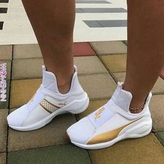 Find images and videos about shoes, sneakers and puma on We Heart It - the app to get lost in what you love. Dr Shoes, Pumas Shoes, Crazy Shoes, Cute Shoes, Me Too Shoes, Shoes Heels, High Heels, Shoes Men, Sneakers Fashion