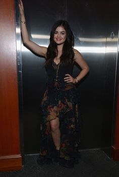 Lucy Hale - Lucy Hale Performs in Nashville