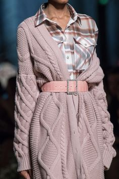 Russo at Paris Fashion Week Fall 2020 Ralph amp; Russo at Paris Fashion Week Fall 2020 - Details Runway Photos