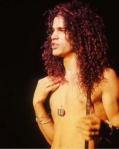 Good evening . I was shopping I bought my last Slash CD, the me lacked…