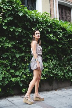 Floral_Jumpsuit-Girissima-Outfit-Street_Style-6