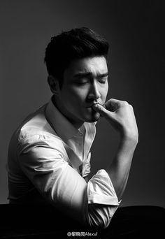 Siwon - Super Junior Choi Siwon, Lee Donghae, Leeteuk, Heechul, Korean Men, Asian Men, Kpop, Kangin Super Junior, Asian Male Model