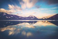 THUNERSEE #blickheimat #chrisherzog #interlaken #switzerland #nature #landscape #cloudes #lake #myswitzerland #stunning #landscape_lovers #naturelovers #blue #longexposure #awesomeearth