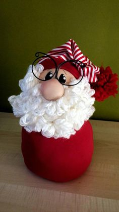 Christmas Door, Christmas Gnome, Christmas Projects, Christmas Ornaments, Christmas Ideas, Snowman Crafts, Gnomes, Projects To Try, Holiday Decor