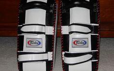 Fairtex KPLC2 Curved Thai Pads Review #thaipads #fairtex #mmagearaddict #review