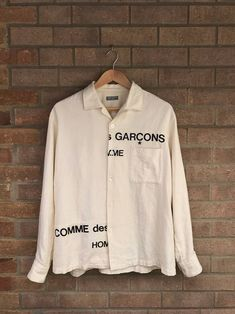 W2C  This button-up or other similar flowy long-sleeve button ups 7081f8abf