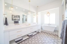 Legend Creek | Master Bathroom | Palms to Pines