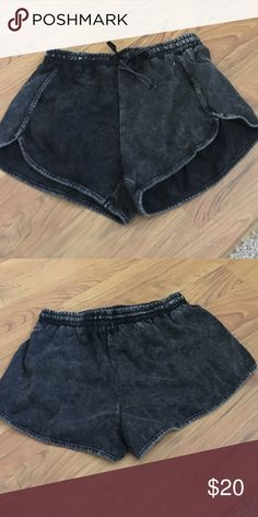 Rumor boutique shorts New with no tags LF Shorts