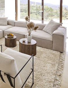 Modern Natural – Donne e Moda Home Living Room, Living Room Designs, Living Room Decor, Decor Room, Luxury Homes Interior, Home Interior Design, Living Room Inspiration, Interior Inspiration, Home Decor Quotes