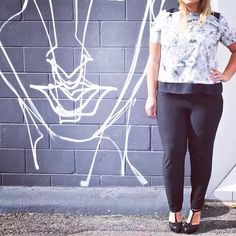 Our stylish office look is perfect for this beautiful sunny fall day! #plussize #plussizefashion #plussizestyle #psfashion #psstyle #psblogger #fatshion #effyourbeautystandards #honormycurves #curves #curvy #torontofashion #primaala #beautyislimitless #plussizeootd #psootd #graffiti #officeootd #perfectfit #sunshine #fallfashion