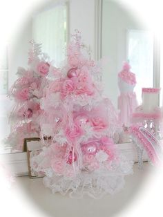 Pink and white shabby Christmas tree i made :) toll gemacht und ne dufte Idee wer pink mag Tulle Christmas Trees, Pink Christmas Decorations, Noel Christmas, Christmas Projects, Xmas Tree, All Things Christmas, Christmas Mantles, White Christmas, Christmas Ornaments