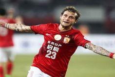Alessandro Diamanti lascia definitivamente la Cina e sbarca a Palermo