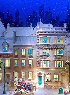 Tiffany&Co winter window display