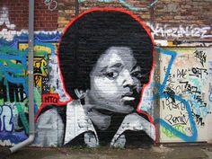 #mto #streetart  Michael Jackson Street Art (Berlin)
