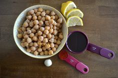 5-Ingredient Hummus in 5 Minutes