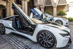 Awesome BMW 2017: BMW i8 Dubai Police Patrol Cars... Car24 - World Bayers Check more at http://car24.top/2017/2017/04/17/bmw-2017-bmw-i8-dubai-police-patrol-cars-car24-world-bayers/