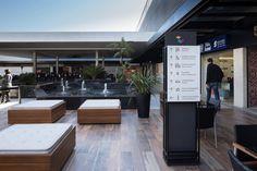 Viva Open Mall /STUDIOMDA Wayfinding Design