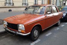 Pour ce mardi, une très belle Peugeot 304 Ambre