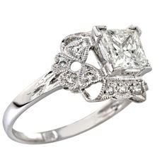 antique style engagement ring