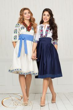 Wonderful Uraine style clothing from Oksana Polonets Design StudioYou are in the right place for me . Mexican Style Dresses, Mexican Outfit, Mexican Fashion Style, Mexican Clothing, Women's Clothing, Dress Outfits, Dress Up, Cute Outfits, Modest Fashion