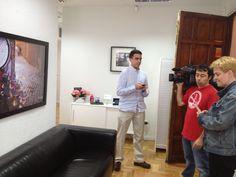 Tv1 camara abierta, en GoWorking!!!! Entrevista do a nuestro emprendedor Javier Escribano de TouristEye
