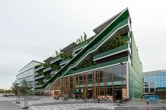 KCAP Central parking, Nieuwegein. Photo by varlamov, via Flickr Architecture Panel, Cultural Architecture, Modern Architecture, Parking Building, Building Facade, Mall Facade, Green Facade, High Rise Apartments, Mix Use Building
