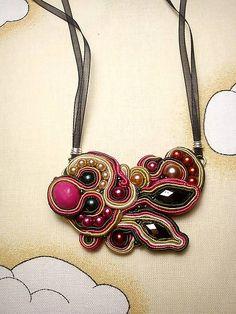 Náhrdelník Judith, soutache necklace, pink beige soutache, awesome soutache, necklace