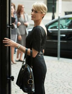 I pretty much love everything Robin Wright wears on House of Cards