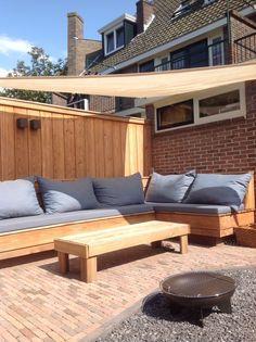 stoere houten loungebank | wooden outdoor bench
