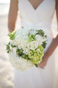 romantic beach wedding flowers