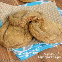 A melt-in-your-mouth, soft and chewy version of gingersnap cookies that are perfect for the Fall! Cookie Desserts, Just Desserts, Cookie Recipes, Delicious Desserts, Dessert Recipes, Yummy Food, Fall Desserts, Yummy Treats, Yummy Recipes