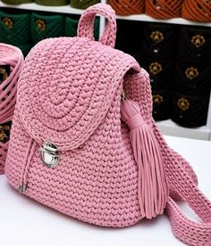 We are here with 18 beautiful crochet bag models designed by housewives. These tailor made handbags, shoulder bags and backpacks are really worth seeing. Do not order special bags without regard to these crochet bag models that appeal to all ages. Crochet Backpack Pattern, Free Crochet Bag, Bag Pattern Free, Crotchet Bags, Knitted Bags, Crochet Handbags, Crochet Purses, Beautiful Crochet, Handmade Bags