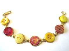 USC TROJANS antique button bracelet. Scarlet & gold! Glass and shell buttons, gold links