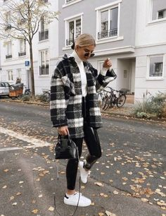 Trendy Fall Outfits, Casual Winter Outfits, Winter Fashion Outfits, Look Fashion, Cool Outfits, Nyc Fashion, Winter School Outfits, Black Jeans Outfit Winter, Winter Outfits Women