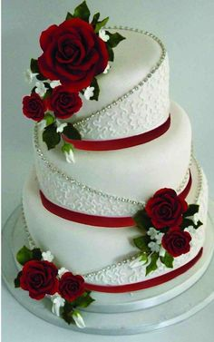 ✔ spectacular buttercream wedding cakes 00038 Related ✔ spectacular buttercream wedding cake Wedding Cake Red, Floral Wedding Cakes, Wedding Cakes With Flowers, Elegant Wedding Cakes, Beautiful Wedding Cakes, Wedding Cake Designs, Beautiful Cakes, Beautiful Flowers, Fruit Wedding