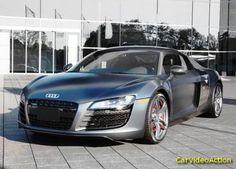 Car Video Action: Audi R8 Exclusive Edition