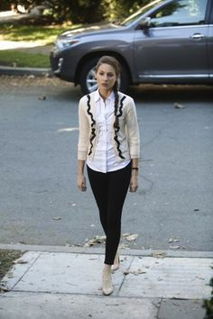 Spencer's fitted professional look. | 25 Pretty Little Liar Fashions We Envy