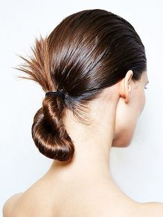Nice twist on a classic! 6 Fresh Ways to Update Your Holiday Beauty Look via Fancy Hairstyles, Twist Hairstyles, Wedding Hairstyles, Beauty Makeup, Hair Makeup, Hair Beauty, Sophisticated Hairstyles, Hair Dos, Hair Hacks