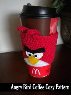 Ravelry: Angry Birds Inspired Coffee Cozy pattern by Janet Jameson Crochet Coffee Cozy, Coffee Cup Cozy, Crochet Cozy, Cute Crochet, Coffee Girl, Coffee Scrub, Coffee Lovers, Coffee Break, Iced Coffee