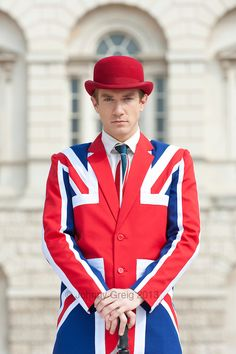 Posh British man dressed smartly in Union Jack jacket and tie. British People, British Men, British Style, Queens Birthday Party, Patriotic Outfit, Patriotic Clothing, English Gentleman, British Wedding, King And Country