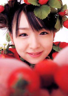 ai kago, strawberries on head