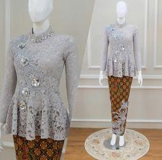 order contact my whatsapp number 7874133176 Kebaya Modern Hijab, Model Kebaya Modern, Kebaya Hijab, Kebaya Muslim, Kebaya Lace, Kebaya Dress, Blouse Batik, Batik Dress, Sequin Bridesmaid