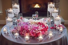 http://www.lovewedbliss.com/wp-content/uploads/2012/07/pink-and-silver-sparkly-wedding-table1.jpg