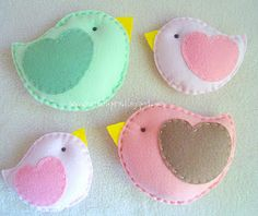 Felt birds... making all this adorable felt stuff is going to kill my almost nonexistent wallet...