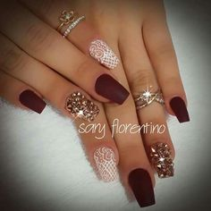 Wine Nails, Beauty, Enamels, Nail Designs, Fingernail Designs, Beauty Illustration, Violet Nails