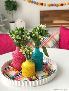 Anthropologie-Inspired Colorful Spring Vases DIY – Skin Care Tips Indian Room Decor, Ethnic Home Decor, Easy Home Decor, Indian Bedroom, House Plants Decor, Plant Decor, Home Room Design, Decorating Coffee Tables, Home Decor Furniture